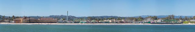 1500px-Santa_Cruz_Boardwalk,_Santa_Cruz,_CA,_US_-_Diliff